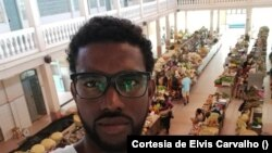 Elvis Carvalho, jornalista cabo-verdiano