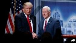 Presiden terpilih Amerika Donald Trump dan Wakil Presiden terpilih Mike Pence (foto: dok).