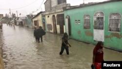 Le nouveau gouvernement prend les rênes d'un pays dévasté notamment par l'ouragan Matthew, en octobre 2016.