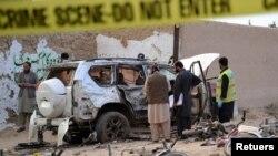 지난 2017년 5월 파키스탄 마스퉁에서 발생한 차량 폭탄 공격 현장. (자료사진)