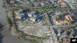 Foto udara ini memperlihatkan wilayah Burwood dan New Brighton pasca gempa berkekuatan 5.8 SR melanda Christchurch, Selandia Baru, akhir Desember tahun 2011 yang lalu (Foto: dok). Gempa berkekuatan 6,9 SR baru-baru ini mengguncang ibukota Selandia Baru, Wellington, merusakkan saluran air dan memadamkan aliran listrik kota tersebut.