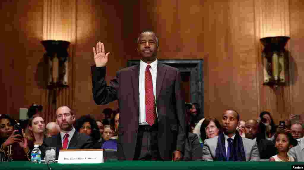 کمیته قضایی سنای آمریکا صلاحیت بن کارسون گزینه وزارت مسکن را بررسی می کند.