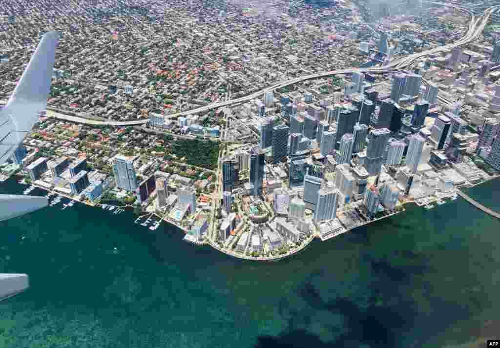 រូបភាពពីលើអាកាសបង្ហាញទីក្រុង Miami រដ្ឋ Florida។