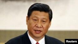 15일 중국 공산당 총서기로 공신 선임된 후, 베이징 인민대회당에서 기자단의 질의에 응답하는 시진핑 총서기.