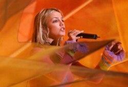 [오디오 듣기] 'Baby One More Time' by Britney Spears