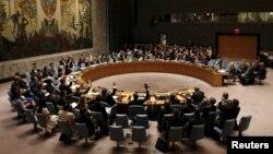Hội đồng Bảo an Liên Hợp Quốc bỏ phiếu để thông qua Nghị quyết tại trụ sở LHQ ở New York, ngày 20/7/2015.