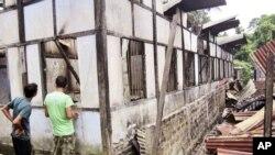 衝突中房屋被毀
