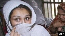 پاکستانۍ اداره وايي په پاکستان کې په نژدې کلونو کې مېرمنو د حقونو د تحفظ دپاره قوانین جوړ شوي خو د دې باوجود په مېرمنو تشدد زیات شوی
