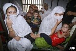 پاکستانی جیلوں میں خواتین اور ان کے چھوٹے بچوں کی بھی ایک بڑی تعداد موجود ہے۔