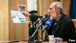 حسین شریعتمداری، نماینده رهبری در روزنامه کیهان