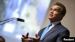 Mantan gubernur Callifornia Arnold Schwarzenegger kembali ke karir lama sebagai aktor film laga. (Foto: Dok)