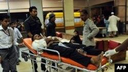 Povređeni u nasilju u Karačiju