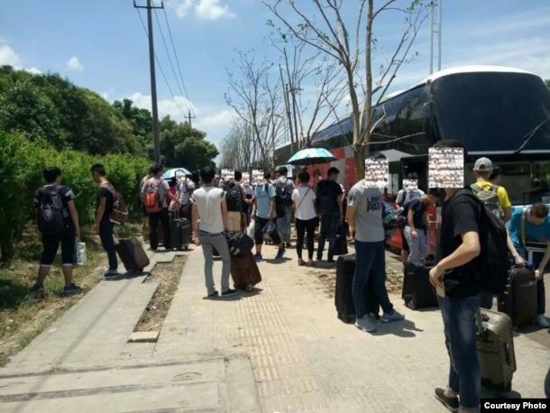 暑期学生工抵达卓力电器所在的浙江慈溪市 (中国劳工观察提供)