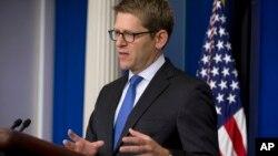 제이 카니 미국 백악관 대변인이 27일 기자회견에서 시리아 사태에 대한 미국 정부의 입장을 밝히고 있다.