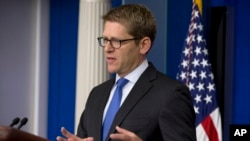 Phát ngôn viên Tòa Bạch Ốc Jay Carney nói rằng Tổng thống Obama hy vọng những người Cộng hòa sẽ có hành động đúng đắn để thông qua chuyện nâng mức trần nợ và mở cửa lại chính phủ
