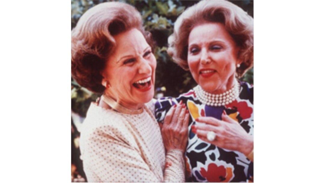 Ann Landers, 1918-2002: She Helped Millions of People Deal