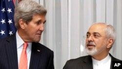 محمدجواد ظريف و جان کری در حاشيه گفتگوهای اتمی