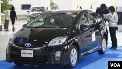 Los especialistas aseguran que Toyota debe regresar al camino que lo hizo tan popular: diseños aburridos pero en autos confiables.