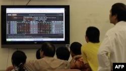 Chỉ số VN Index đã giảm 2,7% xuống còn 480,21 điểm. Ðây là lần giảm điểm nhiều nhất của VN Index kể từ hôm 24/8