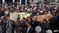 Ðám tang người hành hương bị giết chết trong vụ đánh bom tại thành phố Najaf, 160 km về phía nam Baghdad, Iraq, ngày 13/2/2011