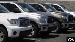 Permintaan konsumen AS akan mobil-mobil buatan negara lain melonjak dalam bulan November lalu.