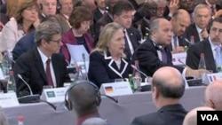 وزیر خارجہ اجلاس سے خطاب کرتے ہوئے