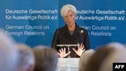 Berlin'de Euro Krizi Diplomasi Trafiği