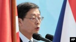 서울에서 열린 6.25 전쟁 62주년을 기념식에서 기념사를 하는 김황식 한국 국무총리.