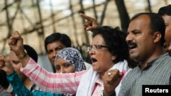Bangladesh Sentences Lawmaker to Death for War Crimes