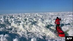 Покрытый льдом Берингов пролив