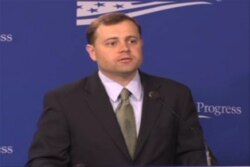 تام پریئلو، نماینده دمکرات ایالت ویرجینیا