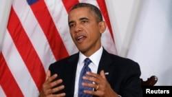 """El presidente Barack Obama ofreció """"todo el apoyo necesario"""" a su homólogo de Kenia para contrarrestar a los terroristas que se apoderaron de un importante centro comercial en ese país africano."""
