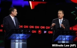 Ted Cruz (solda) ve John Kasich