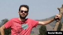 میرمحمدحسین میراسماعیلی، روزنامه نگار و طنزپرداز