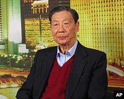 中国经济学家茅于轼
