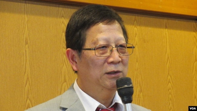 世新大学教授彭怀恩