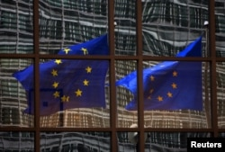 布鲁塞尔欧盟总部(2012年12月 资料照片)