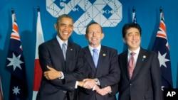 20國集團峰會期間,美國總統奧巴馬(左),澳大利亞總理阿博特(中)和日本首相安倍晉三(右)會面。