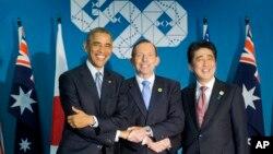 Ba nhà lãnh đạo Mỹ, Australia và Nhật Bản gặp nhau ở Brisbane bên lề thượng đỉnh G20, ngày 16/11/2014.