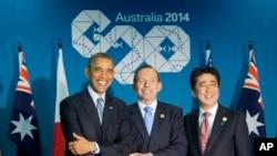 Президент США Барак Обама, прем'єр-міністр Австралії Тоні Ебботт і прем'єр-міністр Японії Сіндзо Абе на зустрічі G20, 16 листопада 2014 р.