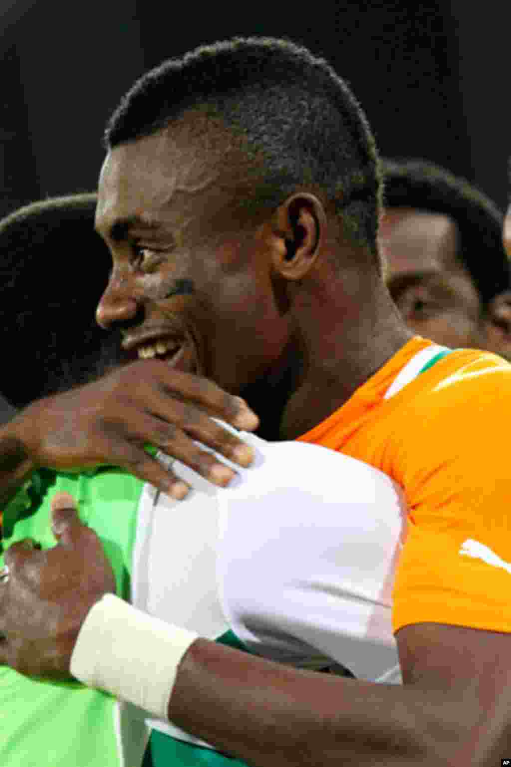 Kalou of Ivory Coast celebrates after scoring against Burkina Faso during their African Nations Cup soccer match in Malabo