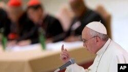 Đức Giáo Hoàng Phanxicô phát biểu hôm 17/10 trong một buổi lễ kỷ niệm 50 năm thành lập Thượng Hội đồng Giám Mục ở Vatican.