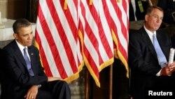 Tổng thống Hoa Kỳ Barack Obama và Chủ tịch Hạ viện John Boehner. Ông Boehner nói ông có thể để cho nước Mỹ bị vỡ nợ lần đầu tiên trong lịch sử nếu Tổng thống Obama không tán đồng một thỏa hiệp về vấn đề chi tiêu của chính phủ liên bang.