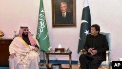 پاکستان کے دورے کے موقع پر سعودی ولی عہد سلمان بن محمد اور وزیر اعظم عمران خان کے درمیان مذاکرات۔ 17 فروری 2019۔