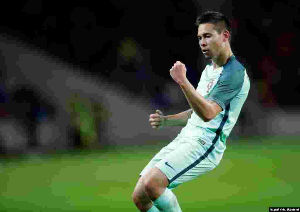 Raphael Guerreiro, jogador de Portugal, um dos eleitos para o 11 ideal da UEFA, depois do Euro 2016