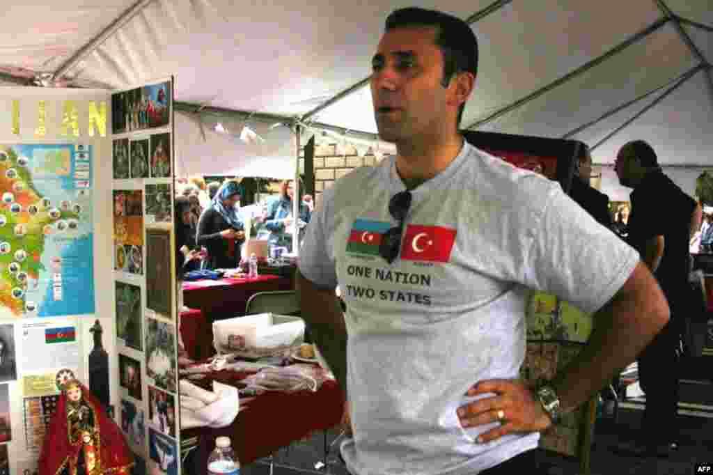 Festivalda Azərbaycan stendi