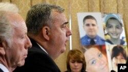 9일 미국 보스턴 테러 사건 청문회에서 증언 중인 에드워드 데이비스 보스턴 경찰국장.