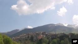 اٹلی کا گاؤں معاشی آزادی چاہتا ہے
