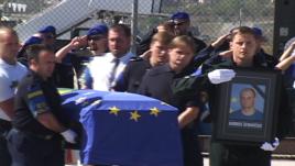 Nderohet oficeri i vrarë i EULEX-it