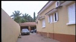 2012-04-14 美國之音視頻新聞: 畿內亞比紹政變軍隊稱關押了總統